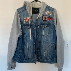 Women's hooded jean jacket